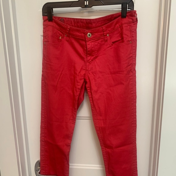 H&M Pants - Red ankle jeans w/ zipper accents